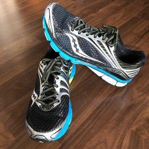 Saucony Men's Triumph 11 Running Shoe Size 11.5